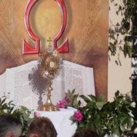 Procesja Bożego Ciała ulicami parafii