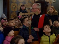 Droga Krzyżowa przedszkolaków